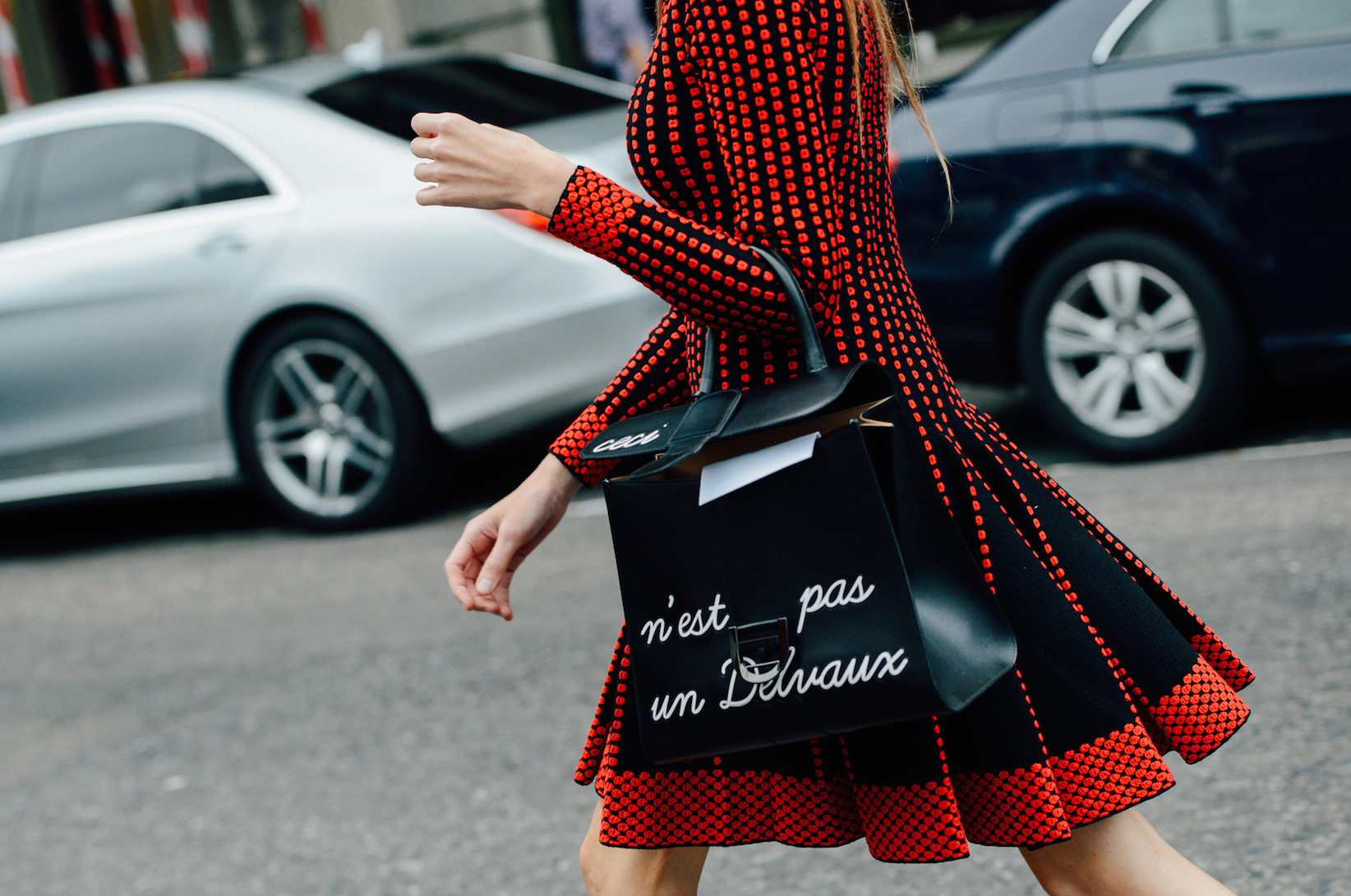 street-style-shopping_Tommy-Ton-Spring-2015-RTW