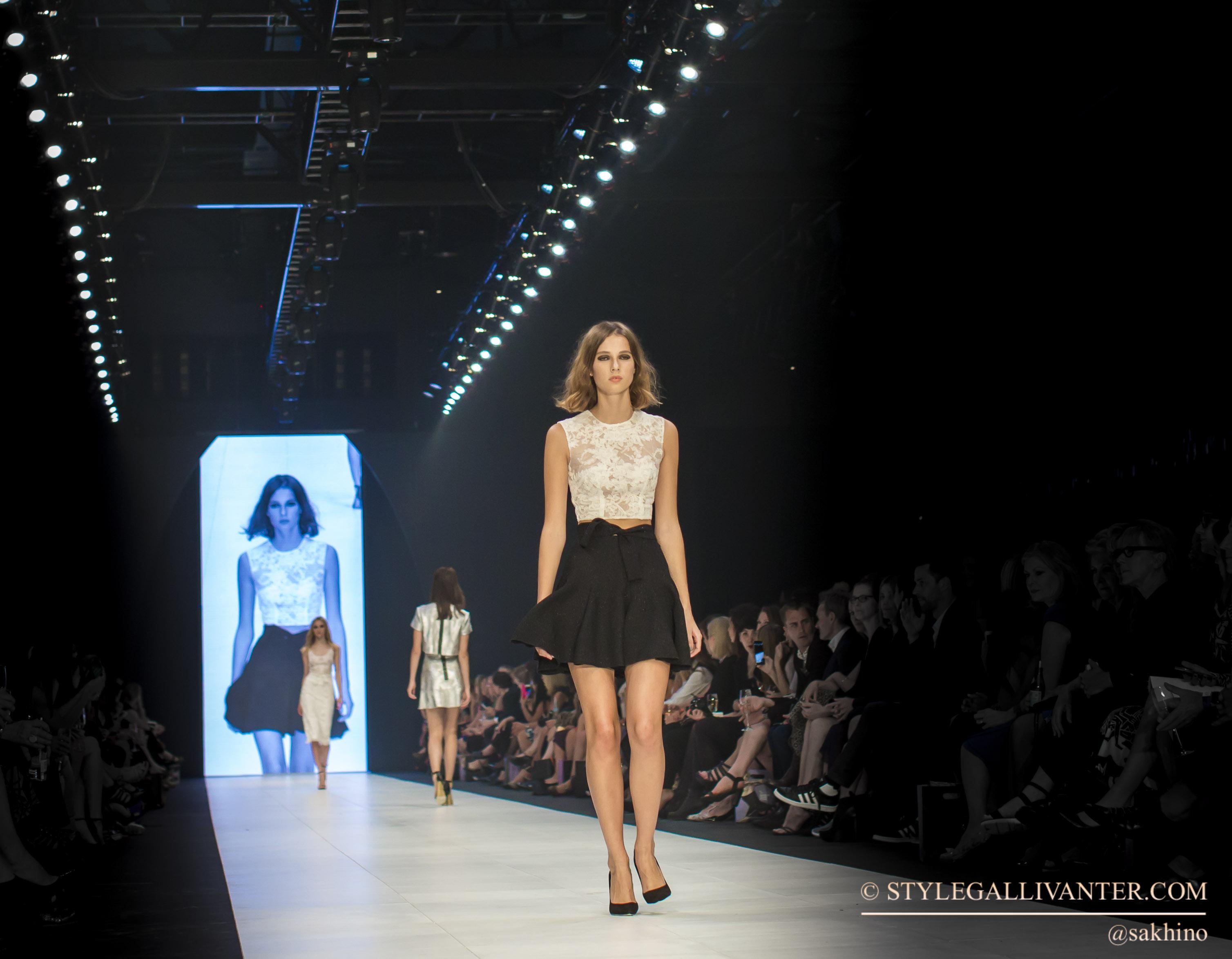 stylegallivanter_VAMFF-2015_VAMFF2015_VAMFF15_MELBOURNE-FASHION-WEEKS-2015_best-dressed-VAMFF-2015_YEOJI-BAE-VAMFF-2015_VAMFF-bloggers-2015_CARLA-ZAMPATTI-2015-VAMFF-7