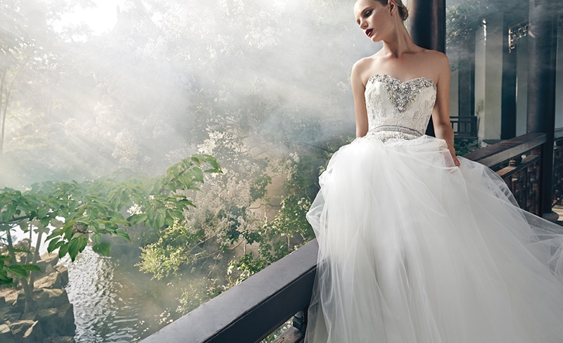 Badgley-Mischka-Spring-2016-Bridal-Campaign06